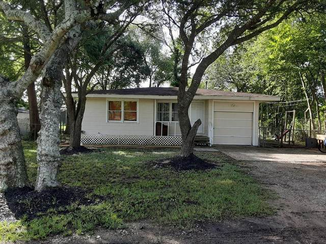 508 Rustic Lane E, Friendswood, TX 77546 (MLS #11440611) :: All Cities USA Realty