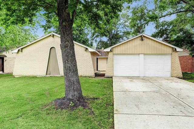 17543 S Compass Rose Circle, Crosby, TX 77532 (MLS #11596578) :: Michele Harmon Team