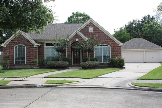 3201 Sand Shadow Ct, League City, TX 77573 (MLS #11615707) :: The Bly Team