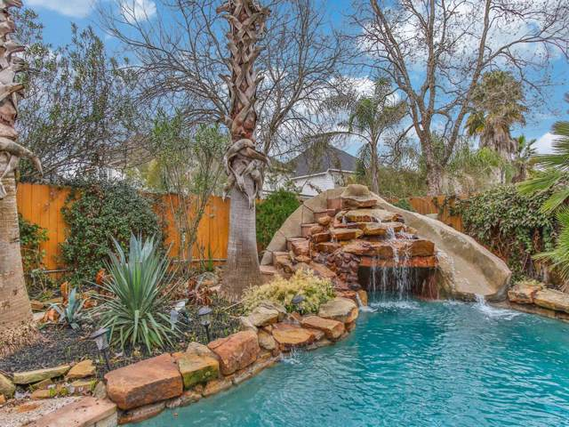 13139 Oakwood Manor Drive, Cypress, TX 77429 (MLS #11627561) :: Texas Home Shop Realty