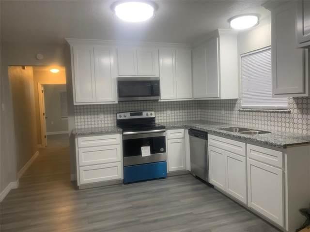 308 Leonard Street, Angleton, TX 77515 (MLS #11689803) :: Connect Realty