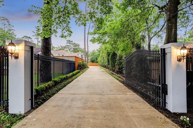 8906 Memorial Drive B, Houston, TX 77024 (MLS #11790942) :: Lerner Realty Solutions