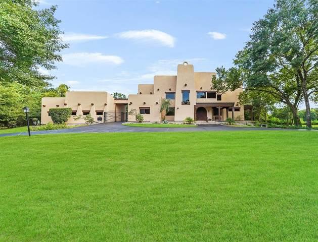 706 Oak Drive, Friendswood, TX 77546 (MLS #11793868) :: Ellison Real Estate Team