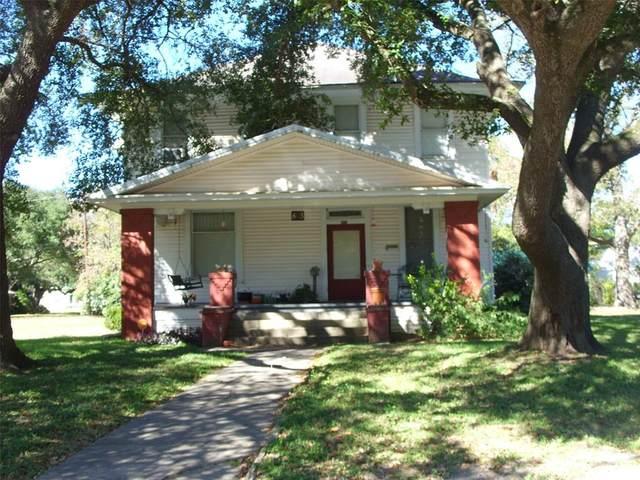 803 Holland Street, Navasota, TX 77868 (MLS #11817528) :: The Sansone Group