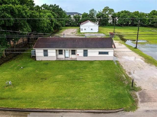 4815 N Main Street, Baytown, TX 77521 (MLS #11909126) :: Front Real Estate Co.