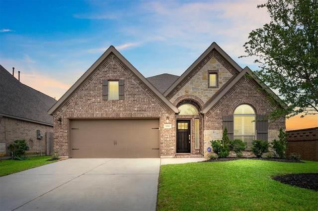 3702 Bonham Hills Lane, Pearland, TX 77584 (MLS #11981619) :: The SOLD by George Team