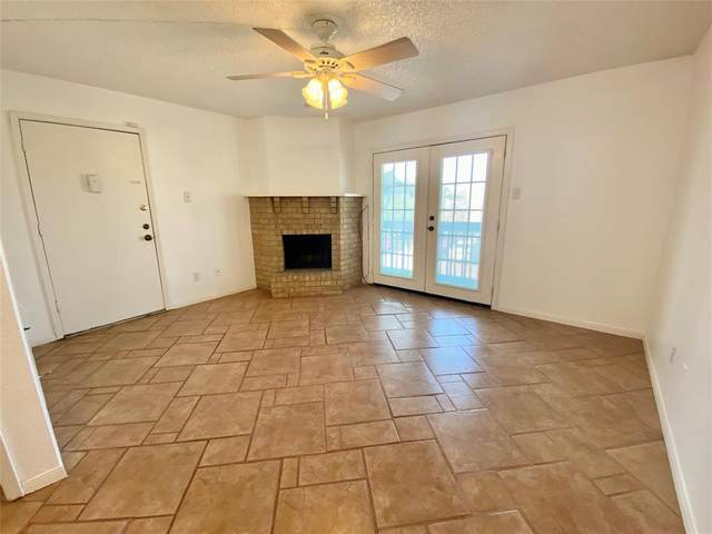 1516 Bay Area Boulevard P6, Houston, TX 77058 (MLS #11985833) :: The SOLD by George Team