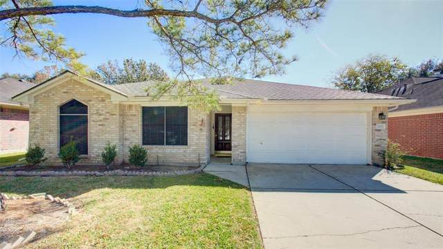 2811 Glen Cullen Lane, Pearland, TX 77584 (MLS #12075517) :: The Parodi Team at Realty Associates