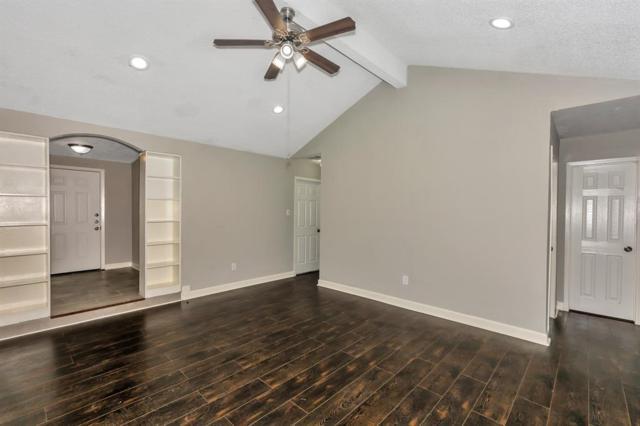 3105 Long Meadow Drive, Baytown, TX 77521 (MLS #12097876) :: Texas Home Shop Realty