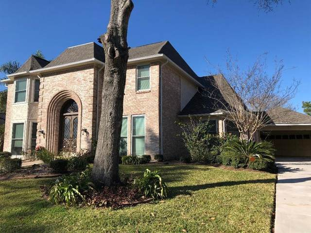 3147 Country Club Boulevard, Stafford, TX 77477 (MLS #12136785) :: Lisa Marie Group | RE/MAX Grand