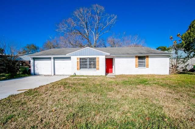 408 Harold Lane, Baytown, TX 77521 (MLS #12224322) :: The Wendy Sherman Team