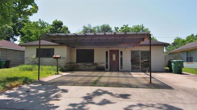 922 Elton St, Houston, TX 77034 (MLS #12236211) :: King Realty