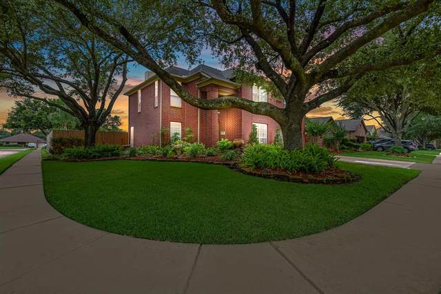 6930 Royal Knoll Court, Pasadena, TX 77505 (MLS #12257496) :: The SOLD by George Team