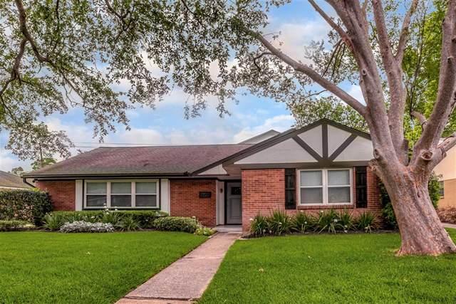 5722 Bankside Drive, Houston, TX 77096 (MLS #12258124) :: The Freund Group