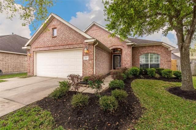 2937 Standing Springs Lane, Dickinson, TX 77539 (MLS #12304147) :: Ellison Real Estate Team
