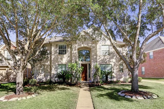 2034 Avana Glen Lane, Sugar Land, TX 77498 (MLS #12323699) :: Carrington Real Estate Services