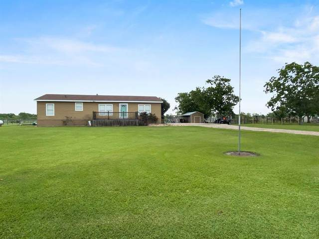 2931 County Road 209, Danbury, TX 77534 (MLS #12330791) :: The SOLD by George Team