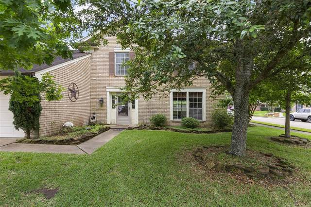 2512 Colleen Drive, Pearland, TX 77581 (MLS #12414736) :: CORE Realty