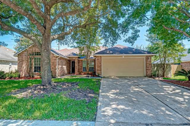 3719 Soho Drive, Pearland, TX 77584 (MLS #12476521) :: The Queen Team