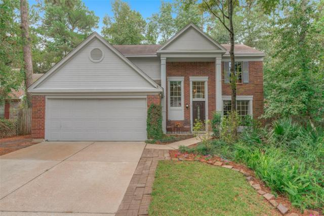 10 Summithill Place, The Woodlands, TX 77381 (MLS #12511378) :: The Home Branch