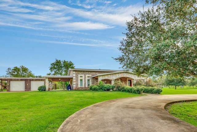 4790 County Road 31, Angleton, TX 77515 (MLS #12573305) :: Christy Buck Team