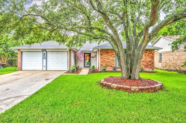 2820 Meadow Creek Court, League City, TX 77573 (MLS #12610011) :: Texas Home Shop Realty