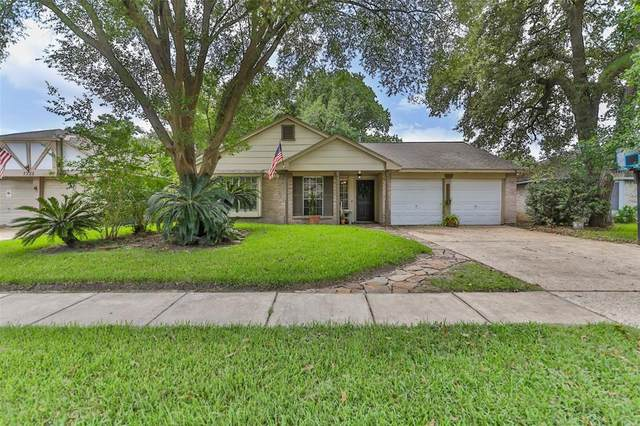 7318 Maple Walk Drive, Humble, TX 77346 (MLS #12649088) :: Christy Buck Team