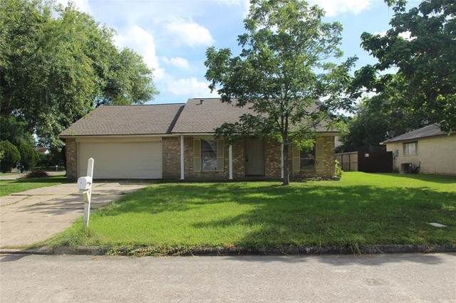 11522 Grapewood Court, Houston, TX 77089 (MLS #12696551) :: The SOLD by George Team