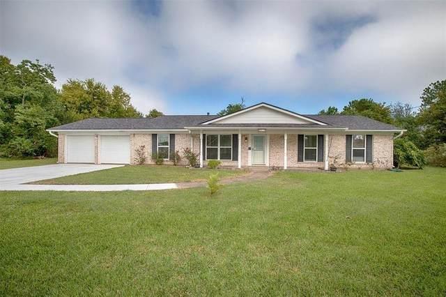 2514 E Bayshore Drive, San Leon, TX 77539 (MLS #12756104) :: Ellison Real Estate Team