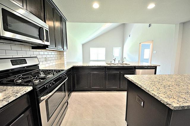 2827 Bergen Bay Lane, Fresno, TX 77545 (MLS #12884467) :: Giorgi Real Estate Group