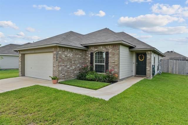 810 Mockingbird Street, Navasota, TX 77868 (MLS #13086021) :: The SOLD by George Team