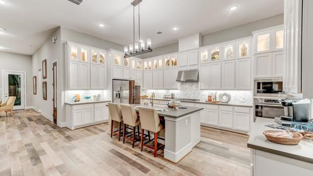 11 Cassena Grove Place, The Woodlands, TX 77375 (MLS #13088796) :: Magnolia Realty