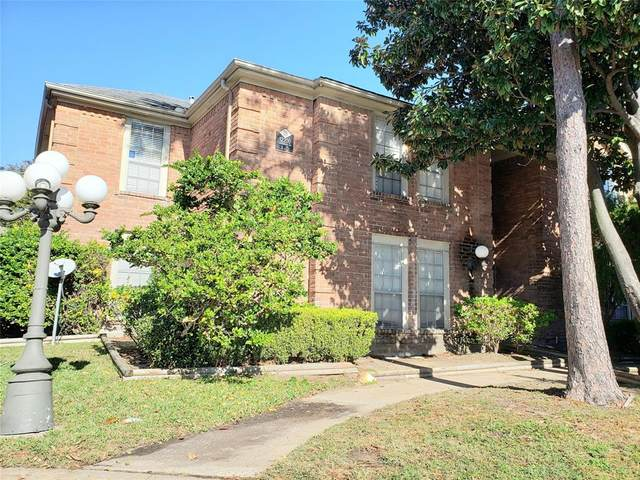 12200 Overbrook Lane 28A, Houston, TX 77077 (MLS #13188039) :: The SOLD by George Team