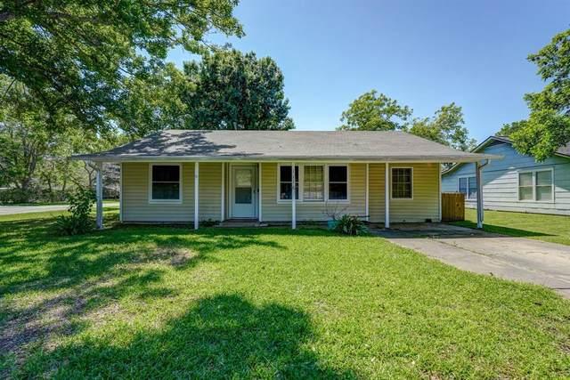 1116 Frost Street, Rosenberg, TX 77471 (MLS #13385645) :: Homemax Properties
