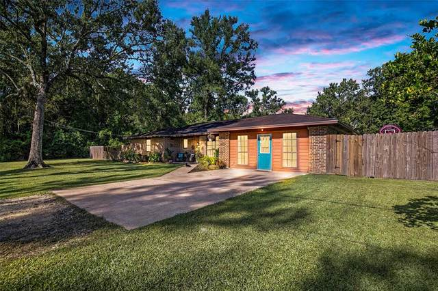 105 Sharon Lane, Liberty, TX 77575 (MLS #13433314) :: The Bly Team