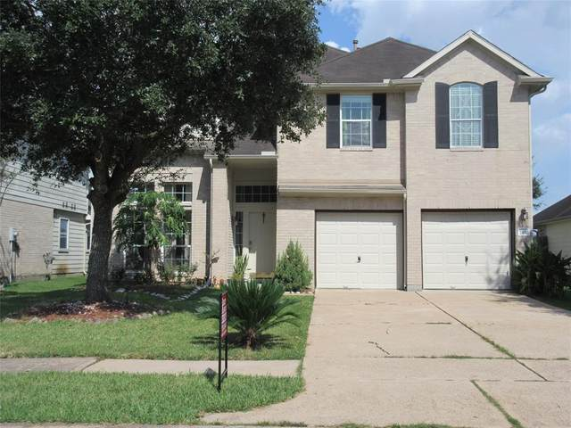 2430 Teal Run Place Drive, Fresno, TX 77545 (MLS #13463756) :: Lerner Realty Solutions