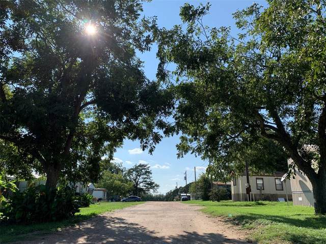 0 Fm 1371, Chappell Hill, TX 77426 (MLS #13677356) :: The Home Branch