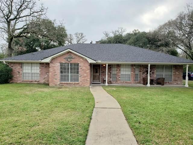 1602 Dominik Drive, College Station, TX 77840 (MLS #13690044) :: NewHomePrograms.com LLC