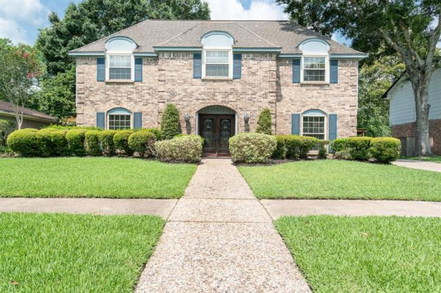 136 Saint Andrews Drive, Friendswood, TX 77546 (MLS #13696777) :: The Bly Team