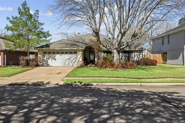 2314 Old Dixie Drive, Richmond, TX 77406 (MLS #13712445) :: The Parodi Team at Realty Associates