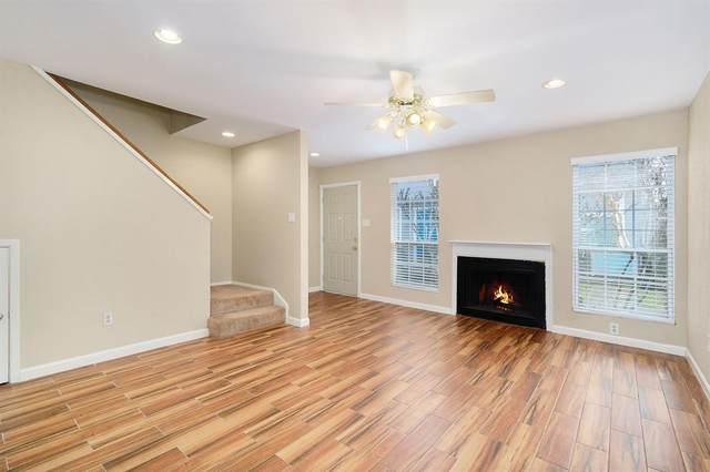 5807 Beverlyhill Street #32, Houston, TX 77057 (MLS #13746297) :: Bray Real Estate Group