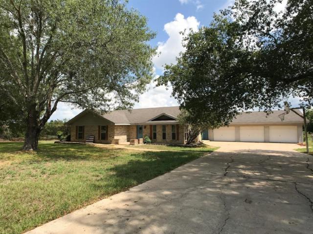 304 N Hall Street N, Fairfield, TX 75840 (MLS #13770887) :: Texas Home Shop Realty