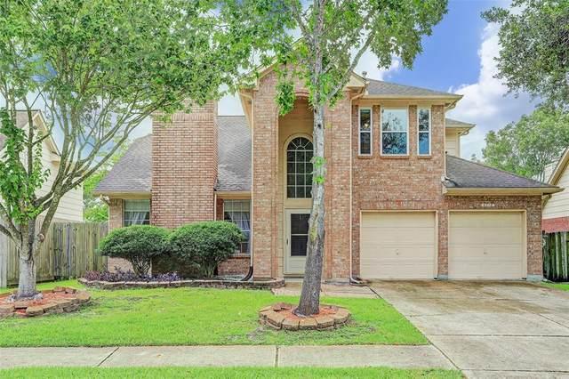 4718 Ten Sleep Lane, Friendswood, TX 77546 (MLS #13976022) :: Ellison Real Estate Team