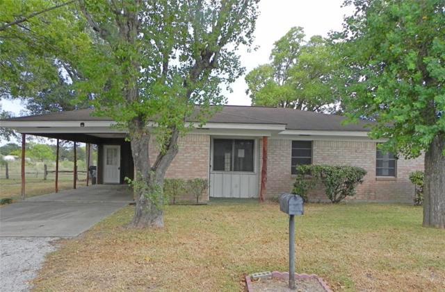 1007 Glendale Street, Hallettsville, TX 77964 (MLS #14006818) :: The Heyl Group at Keller Williams