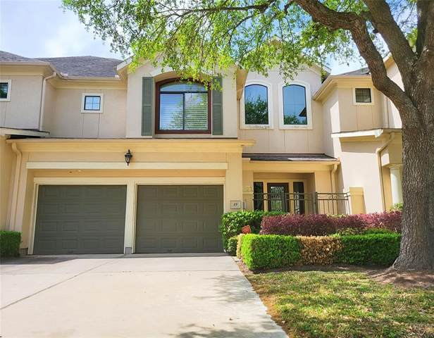 19 Sweetwater Court, Sugar Land, TX 77479 (MLS #14038696) :: Lisa Marie Group | RE/MAX Grand