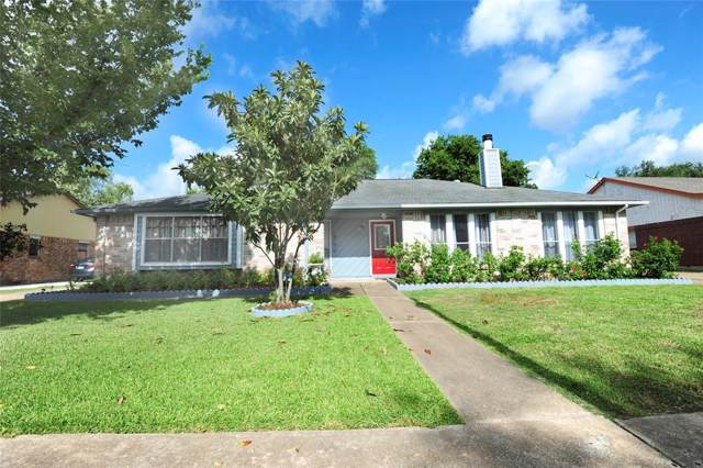 9518 Riverside Lodge Drive, Houston, TX 77083 (MLS #14044715) :: NewHomePrograms.com LLC