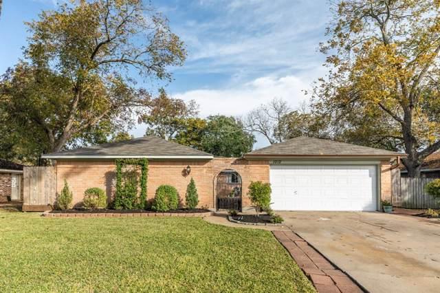 1012 Pecan Drive, League City, TX 77573 (MLS #14055213) :: Green Residential