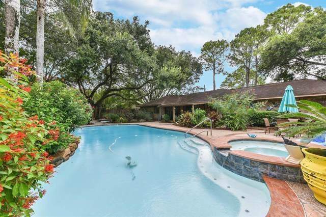 1304 Steele Drive, Friendswood, TX 77546 (MLS #14057686) :: The SOLD by George Team