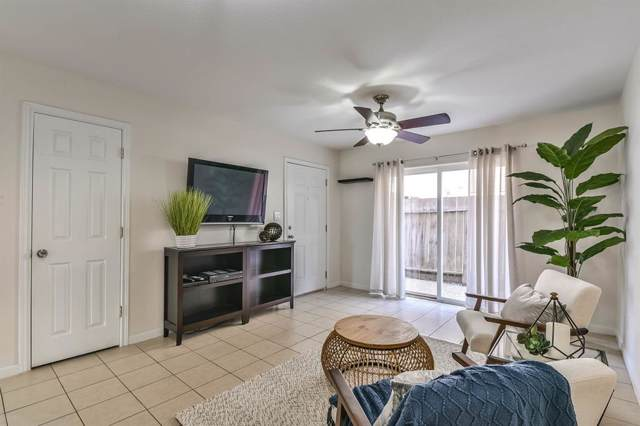 215 Post Office Street #805, Galveston, TX 77550 (MLS #14077993) :: The SOLD by George Team
