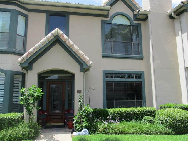 458 Mariners Drive, Kemah, TX 77565 (MLS #14106936) :: The SOLD by George Team